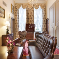 Iron Gate Hotel Suites 5*